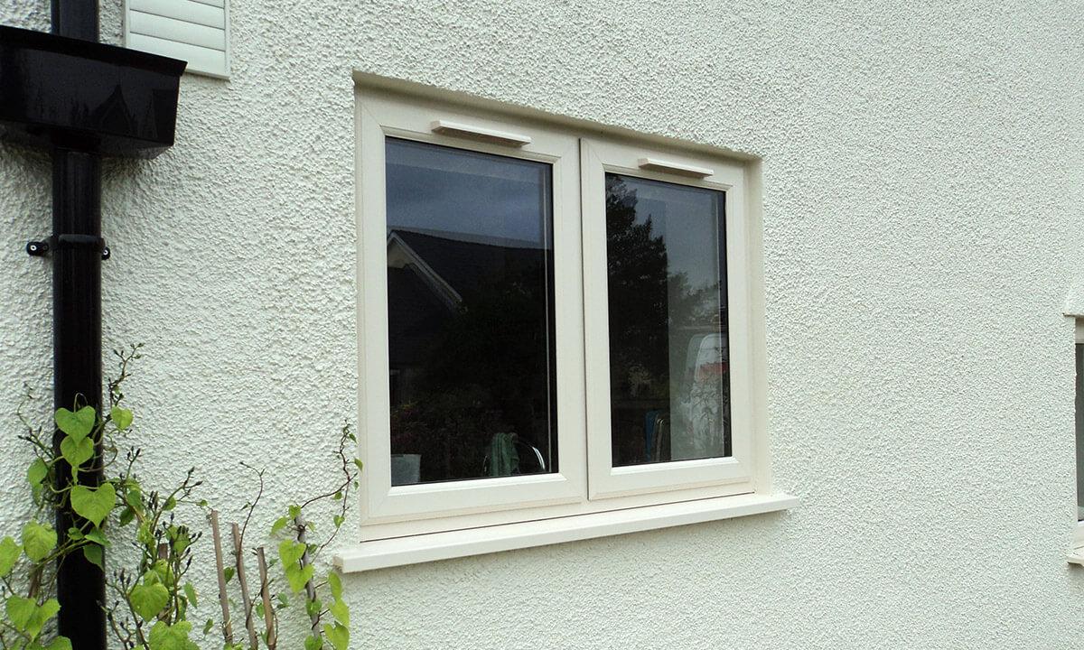 Single cream uPVC casement window