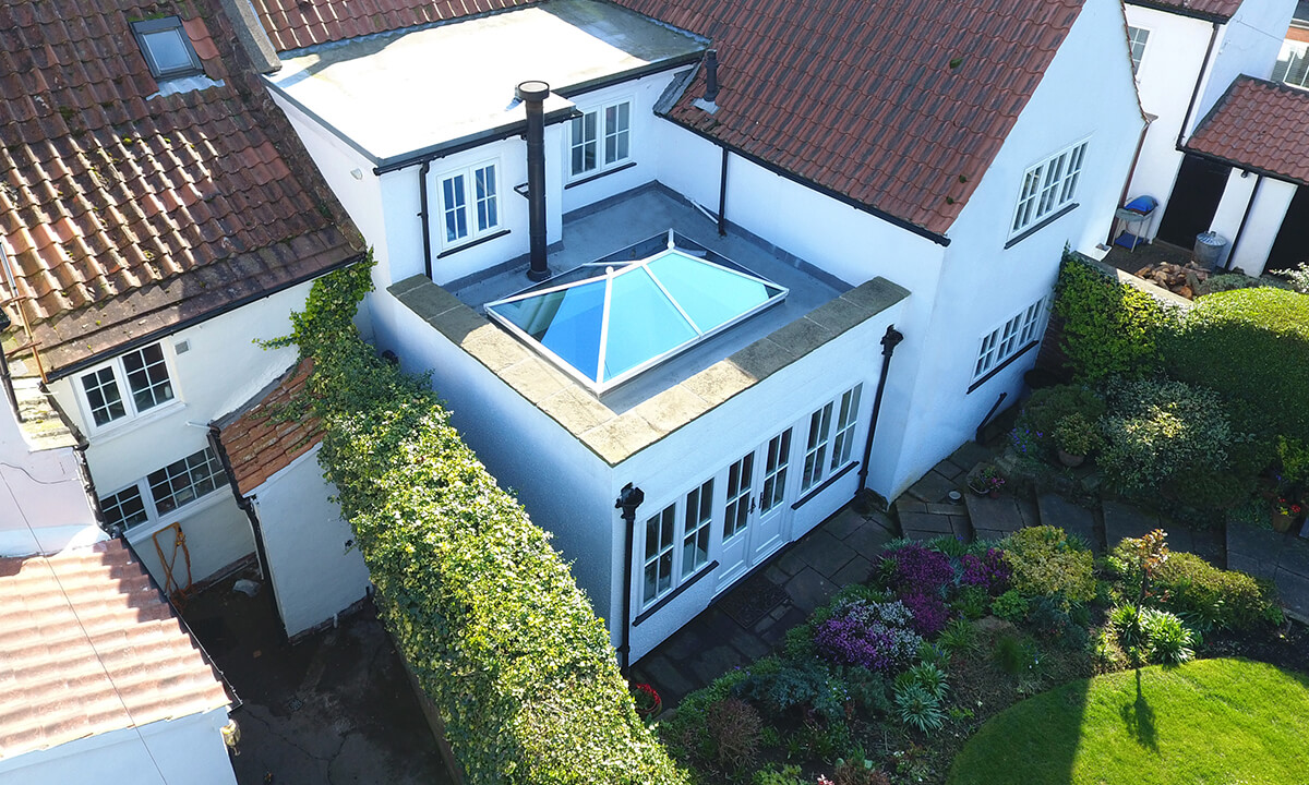 Home extension with an aluminium lantern roof