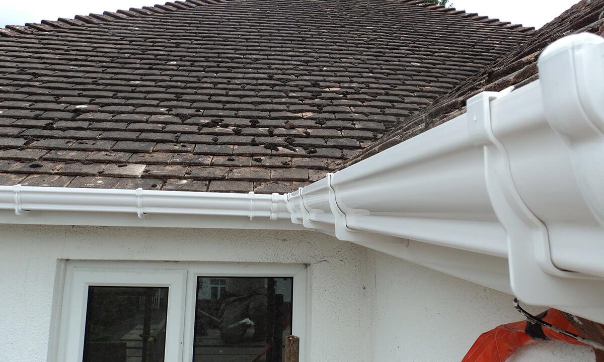 White uPVC guttering and roofline